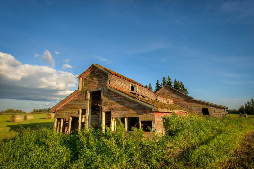 Alberta Visit Aug 2012 : Old Farmhouse Sunset HDR