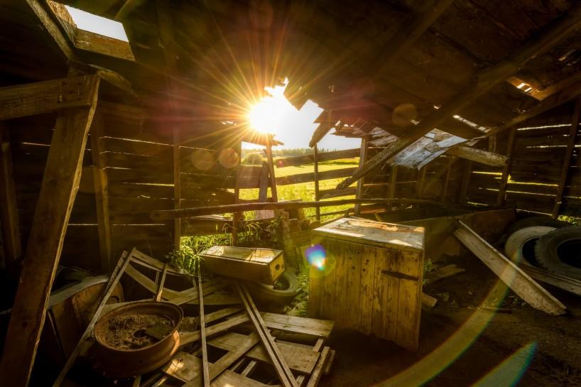 Alberta Visit Aug 2012 : Old Farmhouse Interior HDR 2
