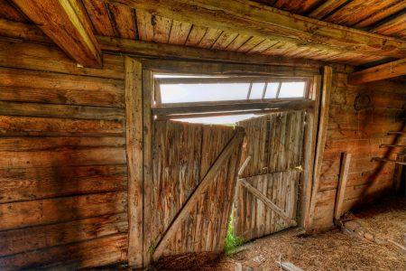 Alberta Visit Aug 2012 : Old Barn Doors HDR