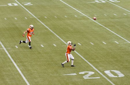 CFL Football : BC Lions vs Montreal Alouettes : Sept 8 2012 : Catch