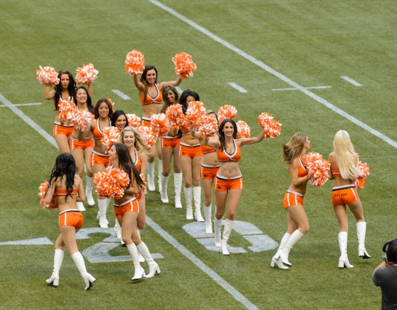 CFL Football : BC Lions vs Montreal Alouettes : Sept 8 2012 : Felions Routine