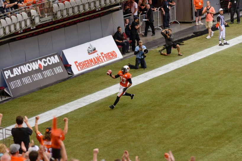 CFL Football : BC Lions vs Montreal Alouettes : Sept 8 2012 : TD