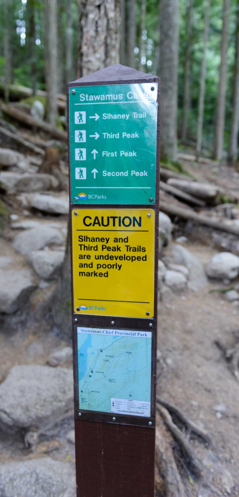 Stawamus Chief - South Peak - Squamish BC - 2012-09-13 : Trail sign