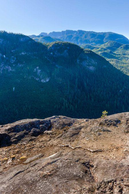 Stawamus Chief - South Peak - Squamish BC - 2012-09-13 : Cliff
