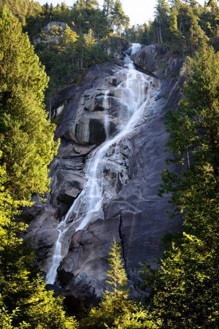 Shannon Falls, Squamish, BC : 2012-09-13 : Nikon D800 with Nikkor 24-70 f/2.8 lens, B+W Polarizing Filter