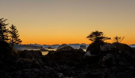 Ucluelet BC Vacation : 2012-10 : Sunrise Lighthouse (Tofino MCTS Centre)