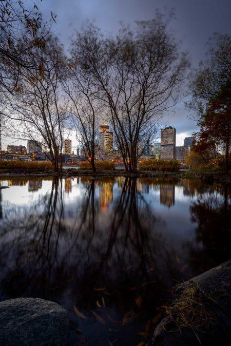 Vancouver : Portside / Crab Park : Vancouver skyline reflection : 2012-11-21