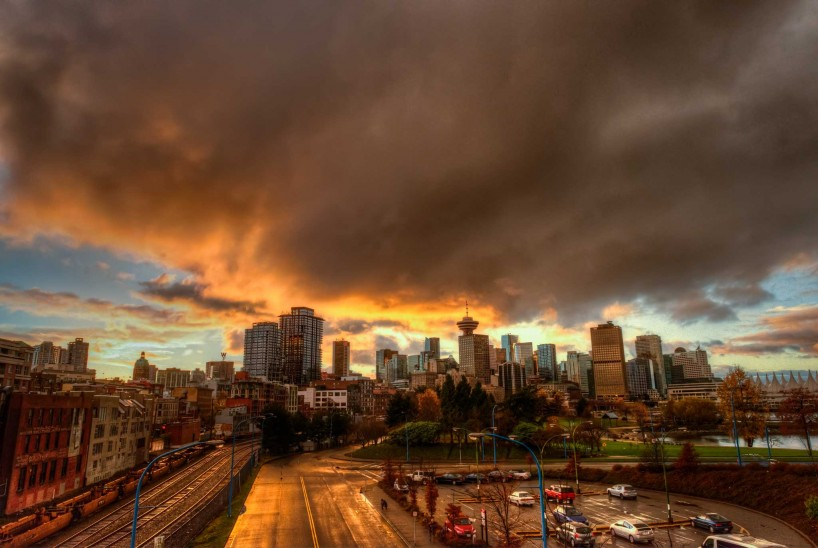 Vancouver : Portside / Crab Park : Vancouver skyline at sunset : 2012-11-21
