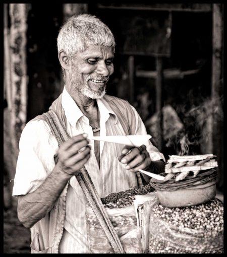 Vendor Selling Nuts - Mumbai, India