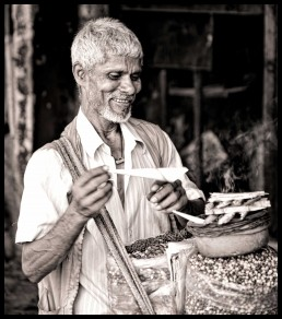 Vendor Selling Nuts - Mumbai, India