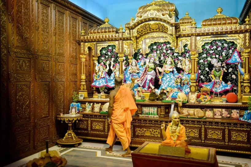Oct 2012 : Mumbai Visit : Hare Krishna Temple