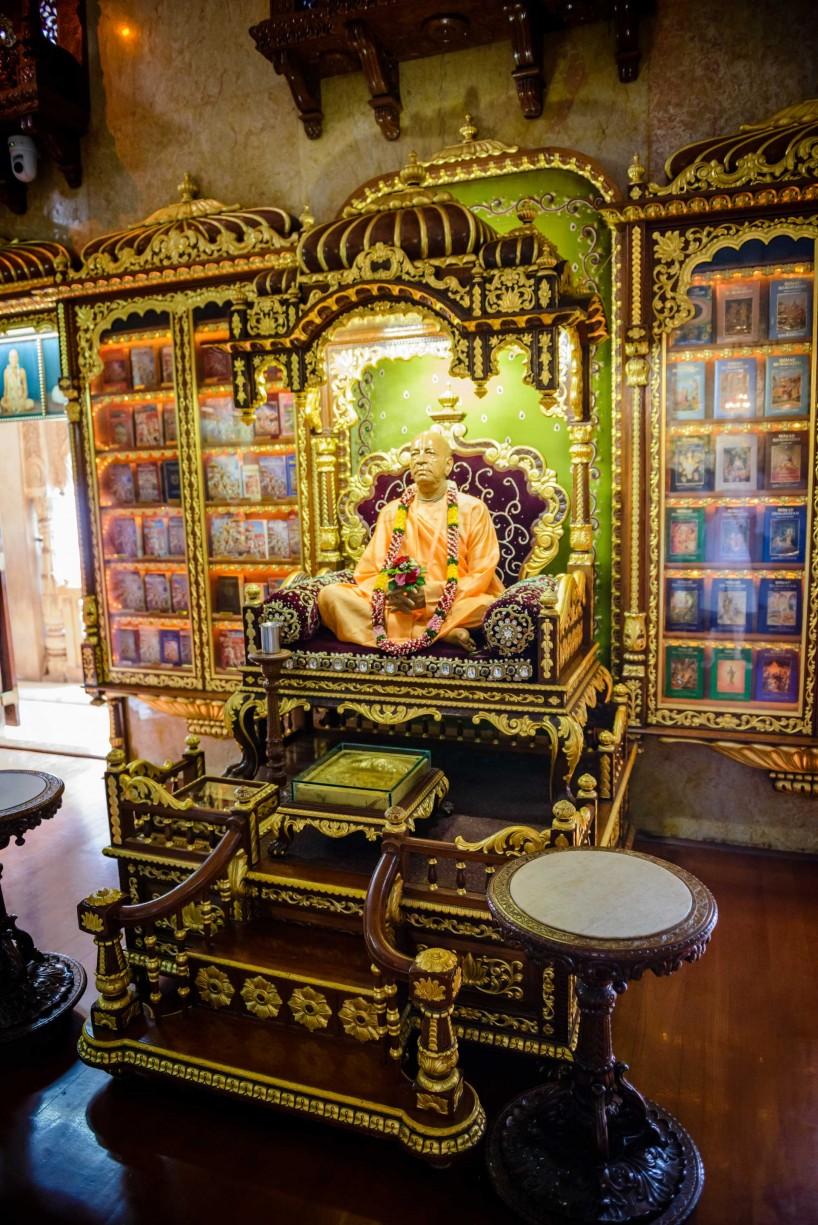 Oct 2012 : Mumbai Visit : Hare Krishna Temple 2