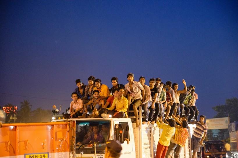 Oct 2012 : Mumbai Visit : Vijayadashami Festival twilight mob
