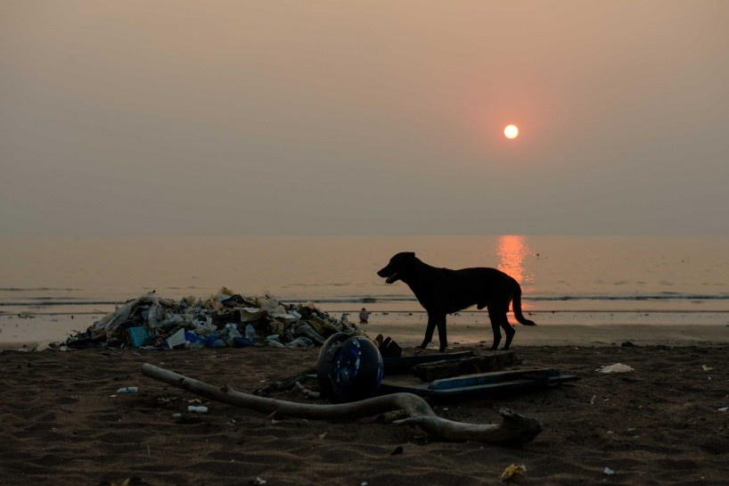 Oct 2012 : Mumbai Visit : Sunset on Juhu beach