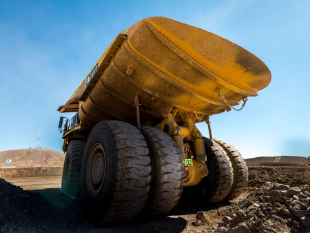 Chile: Komatsu Haul Truck 360 Ton - Antofagasta