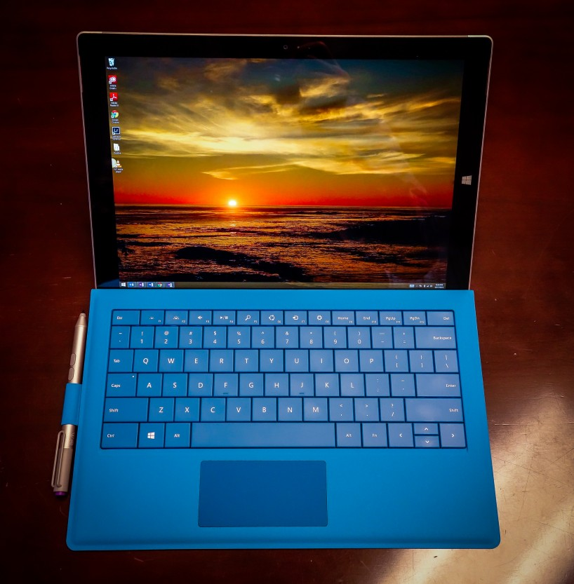Surface Pro 3 : With Type Cover and Surface Pen