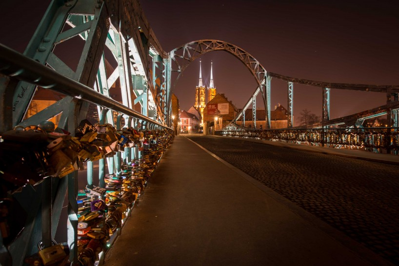 Wrocław, Poland : Tumski Bridge / Lovers Bridge : 2015-02-13