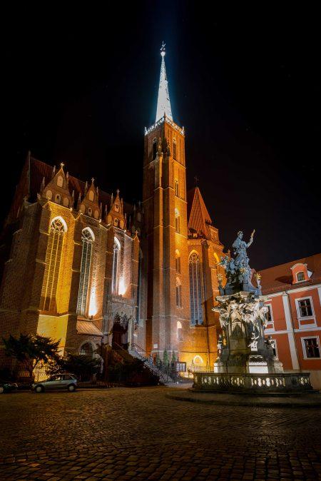 Wrocław, Poland : Kolegiata Świętego Krzyża i św. Bartłomieja we Wrocławiu : 2015-02-13