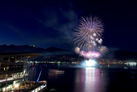 Canada Day Fireworks - Canada Place, Vancouver, BC - 2015-07-01 : 1