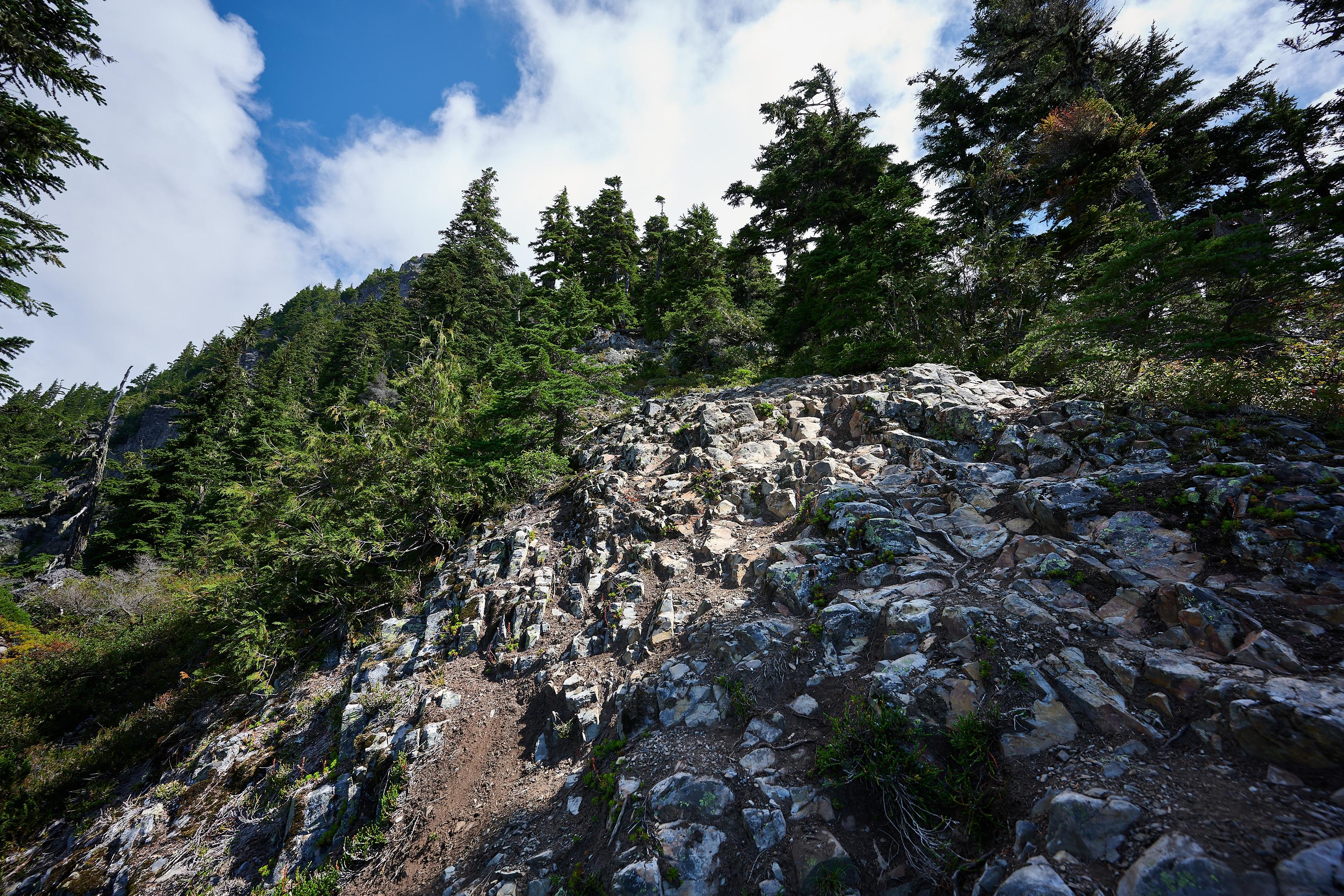 Hiking Brunswick Mountain 4
