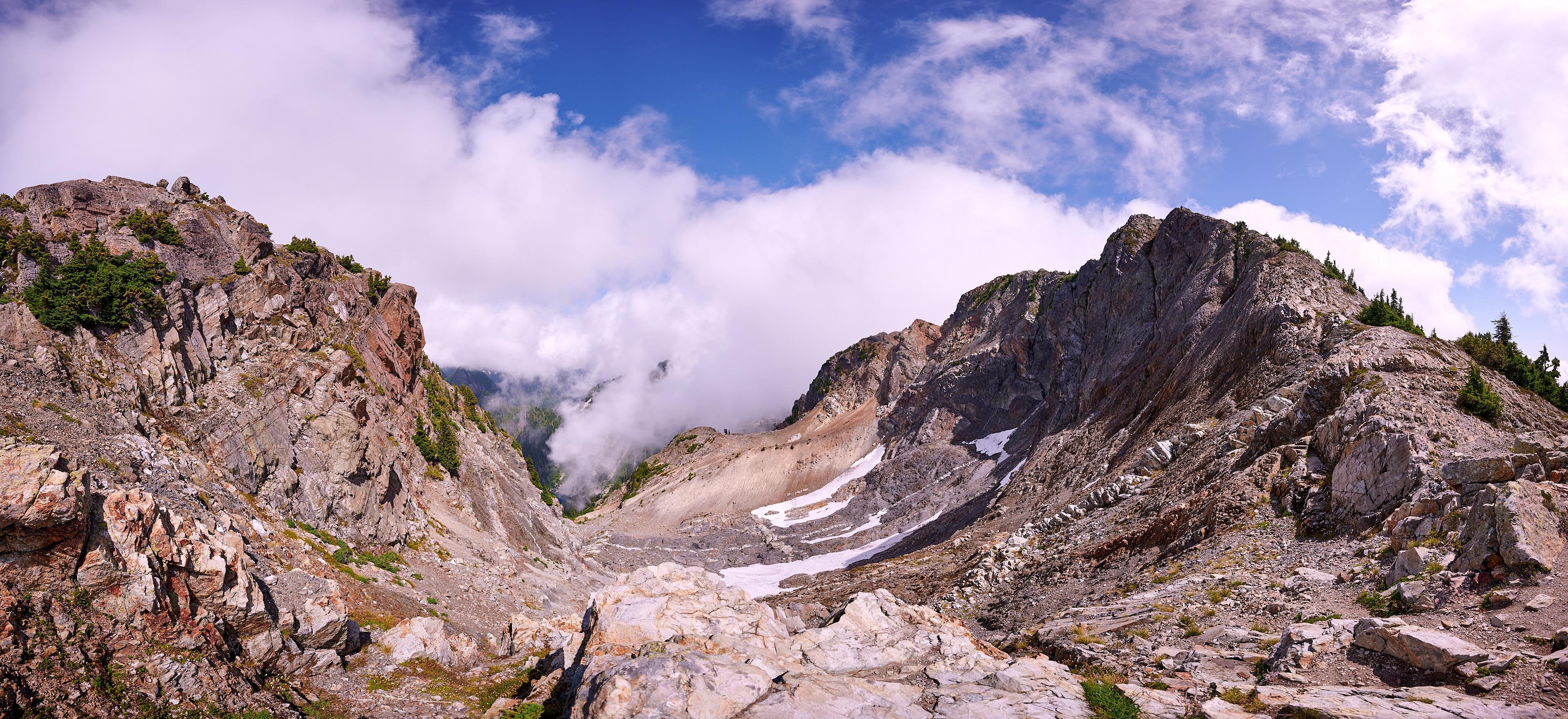 Hiking Brunswick Mountain 16