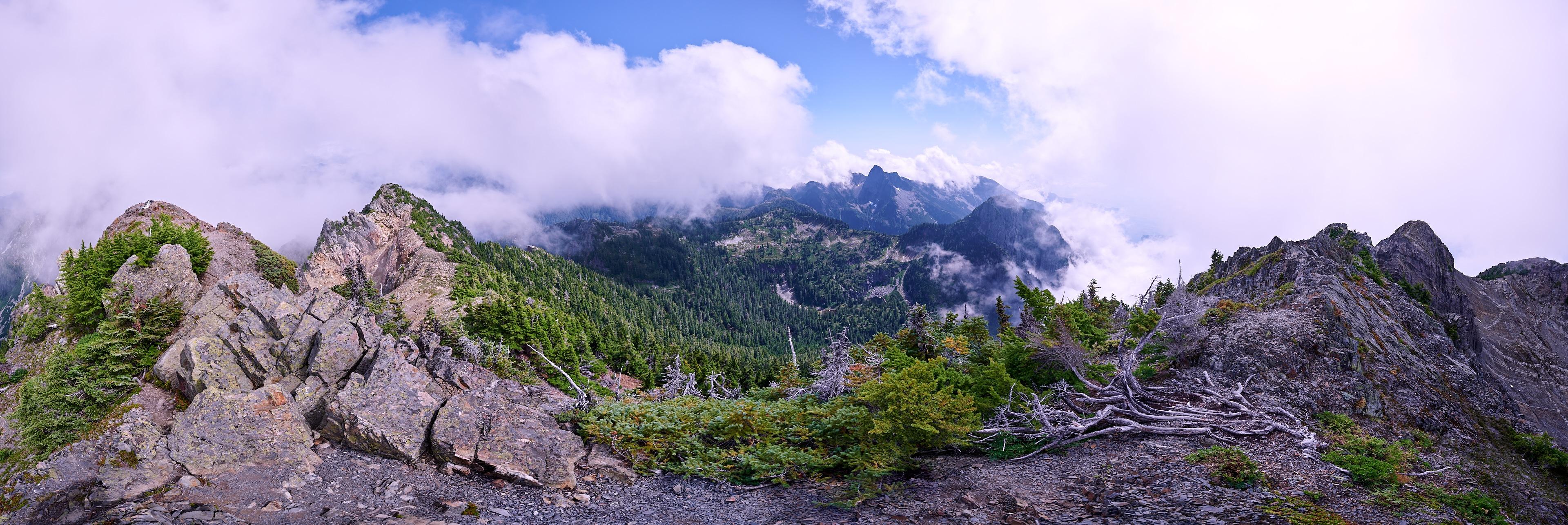 Hiking Brunswick Mountain 19