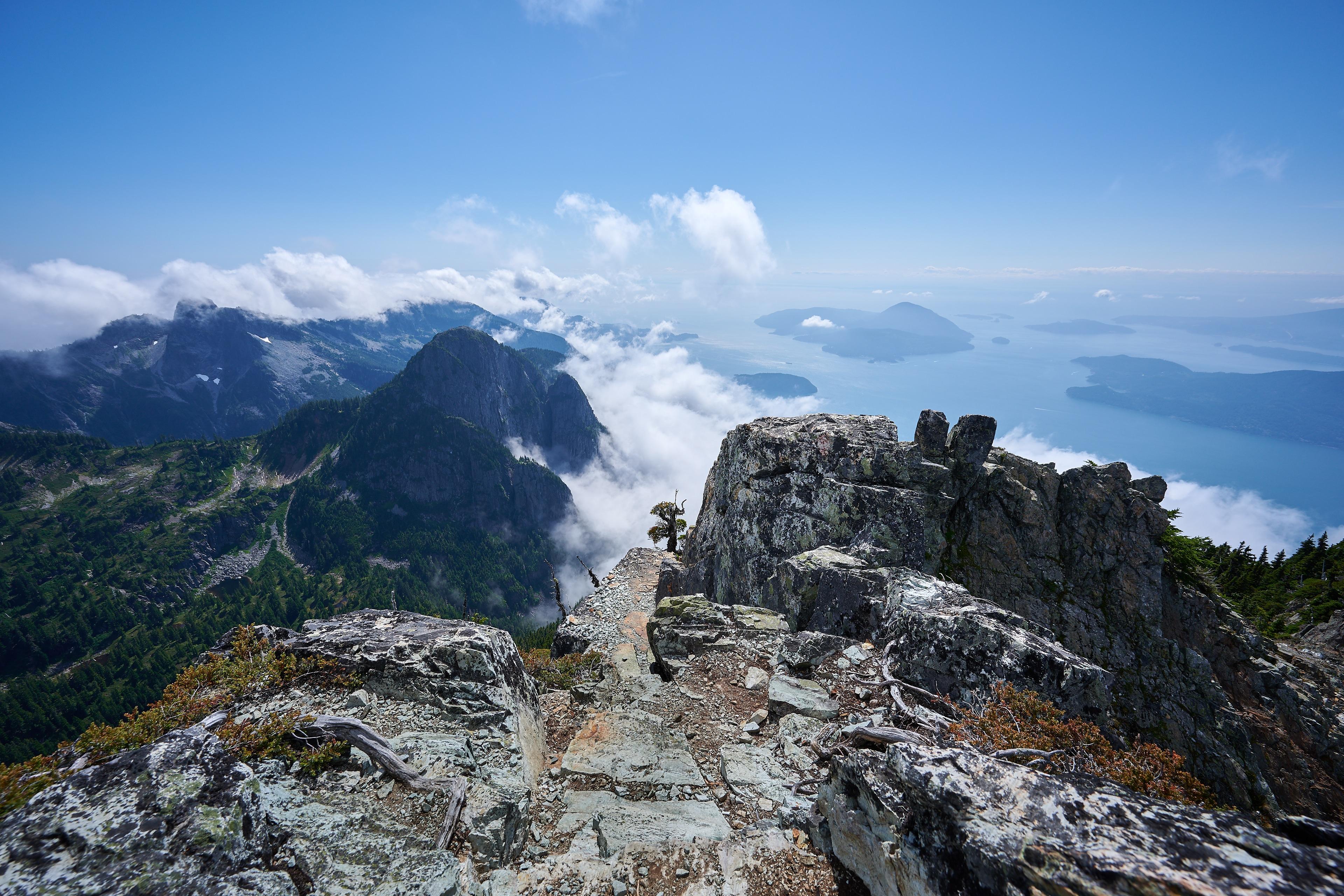 Hiking Brunswick Mountain 17